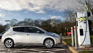 nissan leaf with quick charger