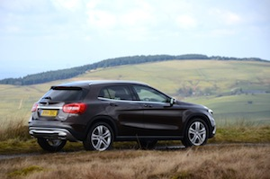 Side view of the Mercedes-Benz GLA220