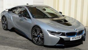 bmw-i8-green-car-guide