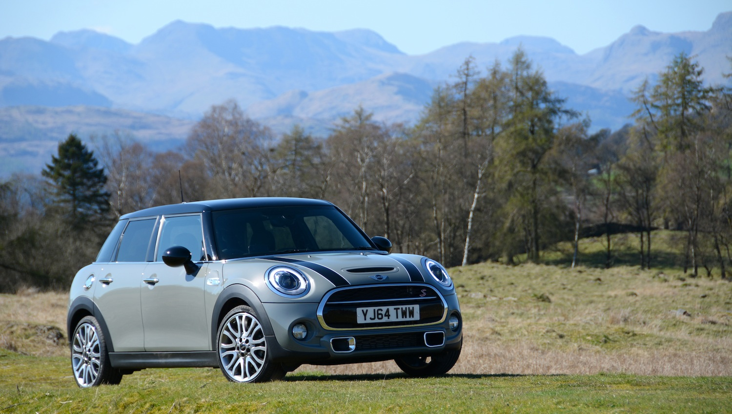 MINI Cooper SD 5-door Hatch & MINI Cooper SD 5-door Hatch 2.0 Review - GreenCarGuide.co.uk