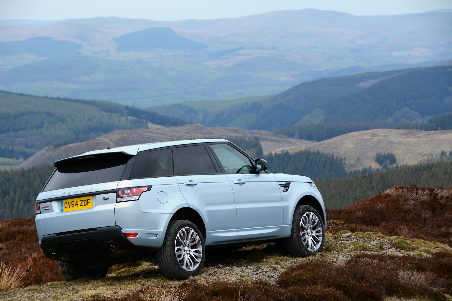range rover sport hybrid review. Black Bedroom Furniture Sets. Home Design Ideas