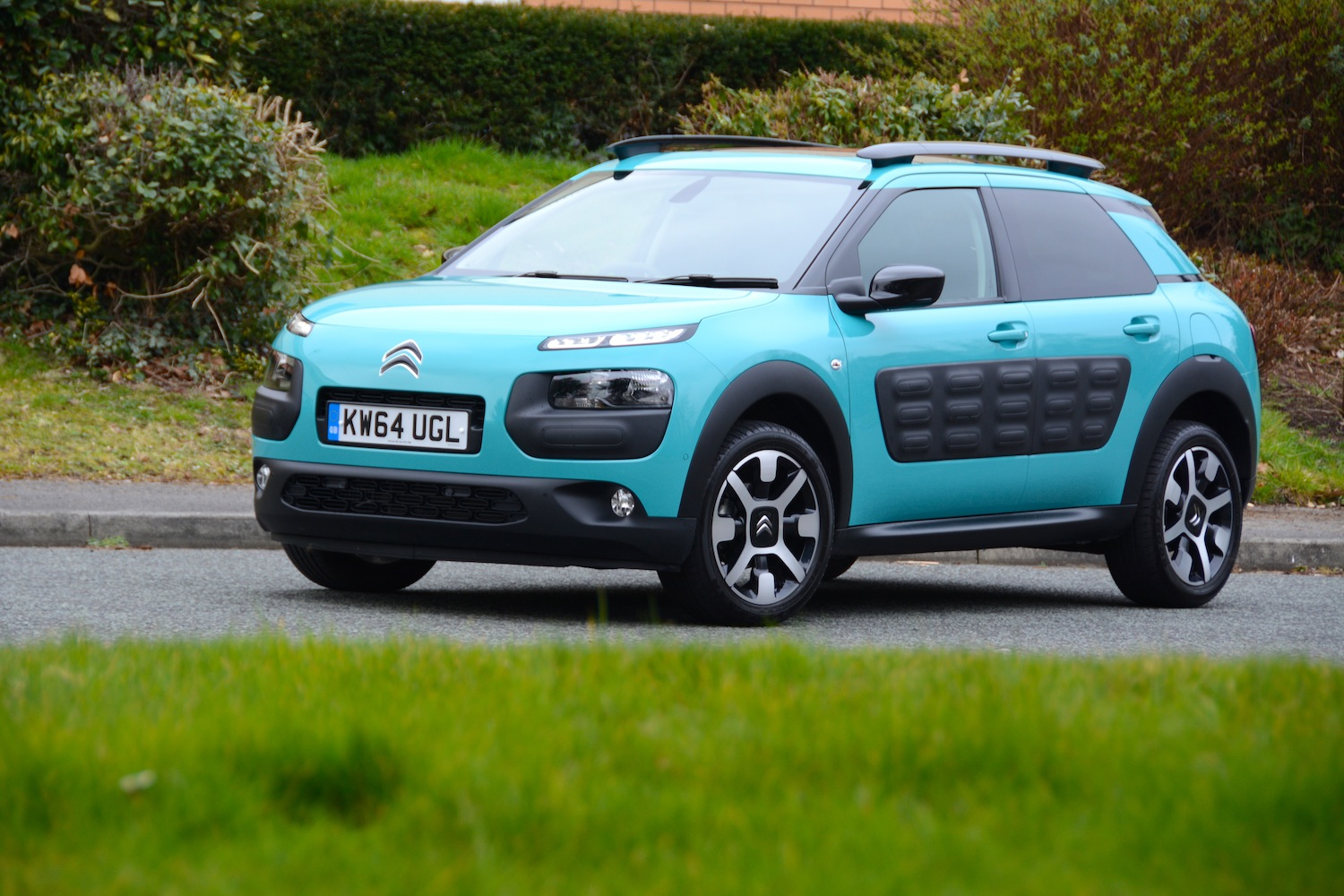 living with the citroen c4 cactus. Black Bedroom Furniture Sets. Home Design Ideas