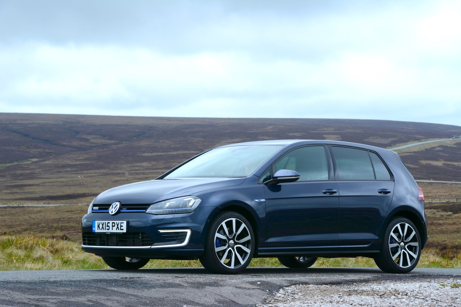 Golf Driver Reviews >> Volkswagen Golf GTE Review - GreenCarGuide.co.uk