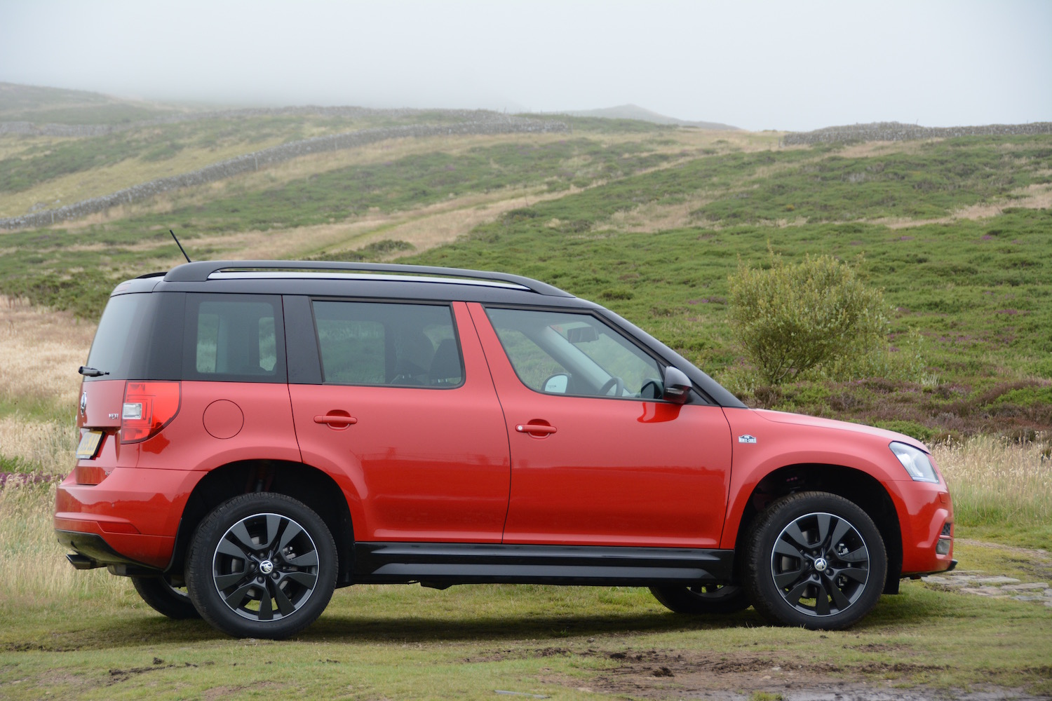 skoda yeti 2 0 tdi 170ps 4x4 review. Black Bedroom Furniture Sets. Home Design Ideas