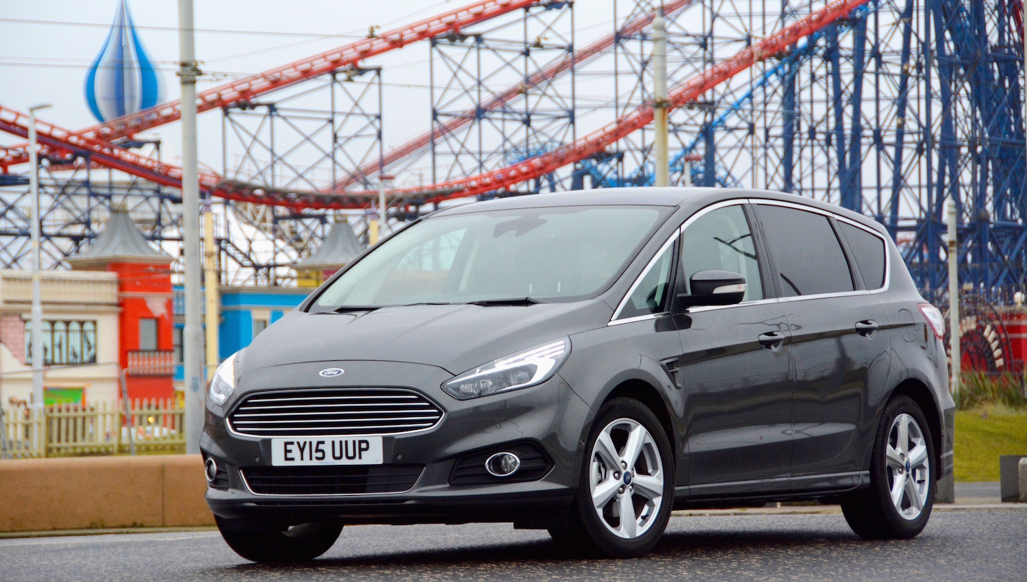 ford s max green car review. Black Bedroom Furniture Sets. Home Design Ideas
