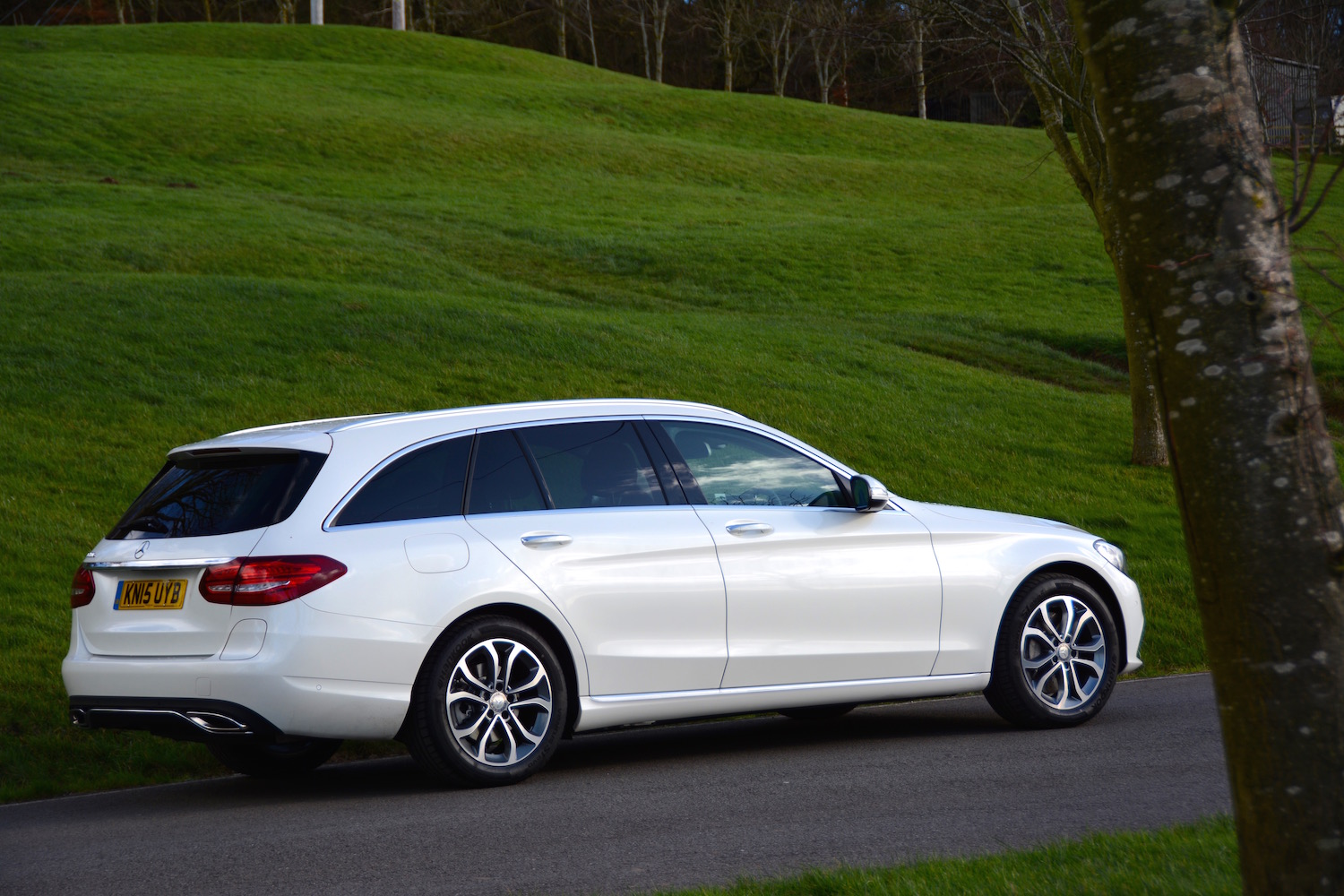 mercedes benz c 350 e sport estate review greencarguide