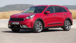 Kia Niro Hybrid Crossover low res