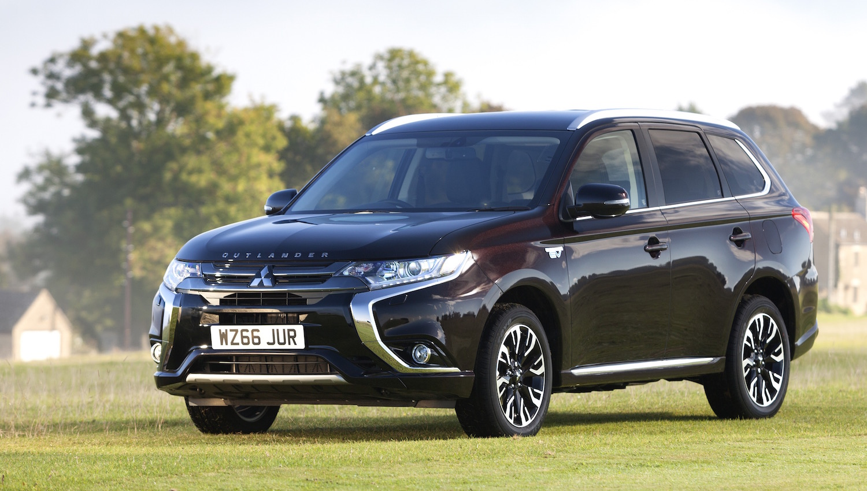 Mitsubishi Outlander Phev Uk Sales Exceed 25 000