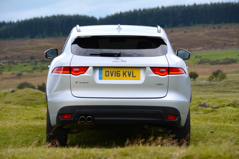Jaguar F Pace Review Greencarguide Co Uk