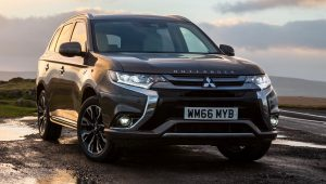 Mitsubishi Outlander PHEV 2017 updates