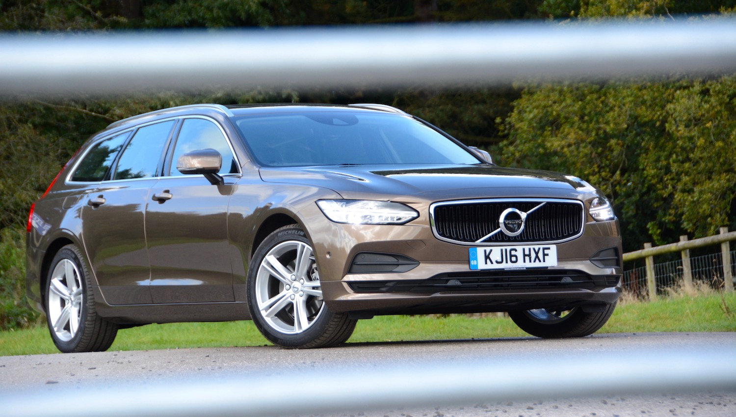 Volvo V90 Review Greencarguide Co Uk
