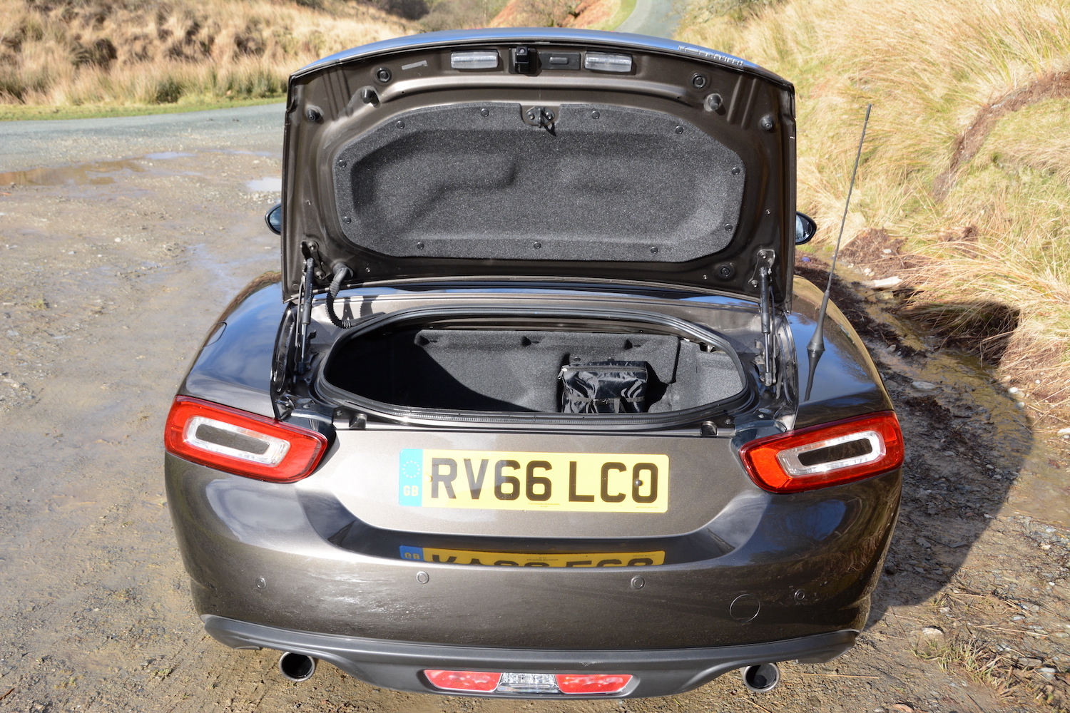 Fiat 124 spider review for Fiat 124 spider motor