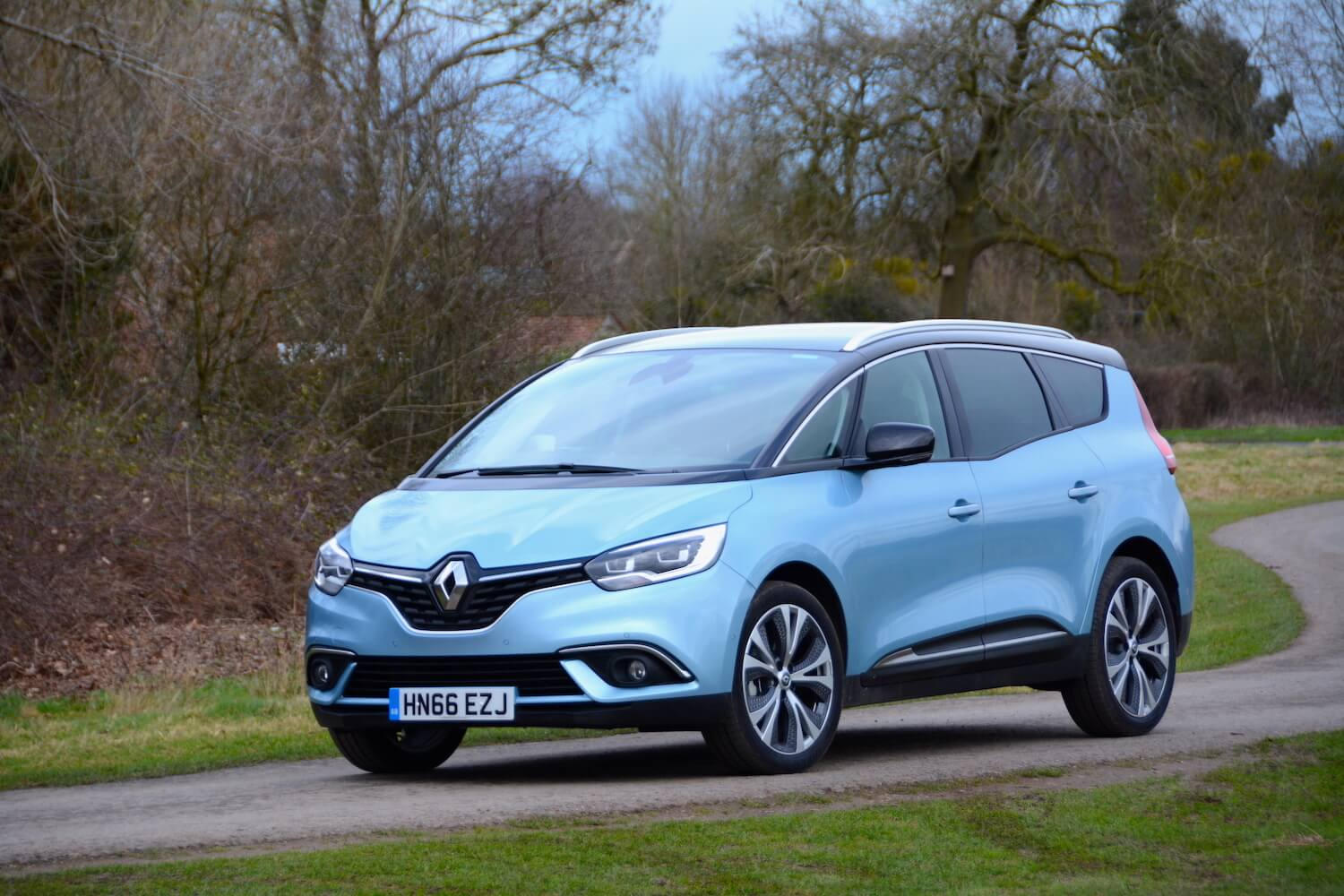 7 Seater Suv 2017 >> Renault Grand Scenic Review - GreenCarGuide.co.uk