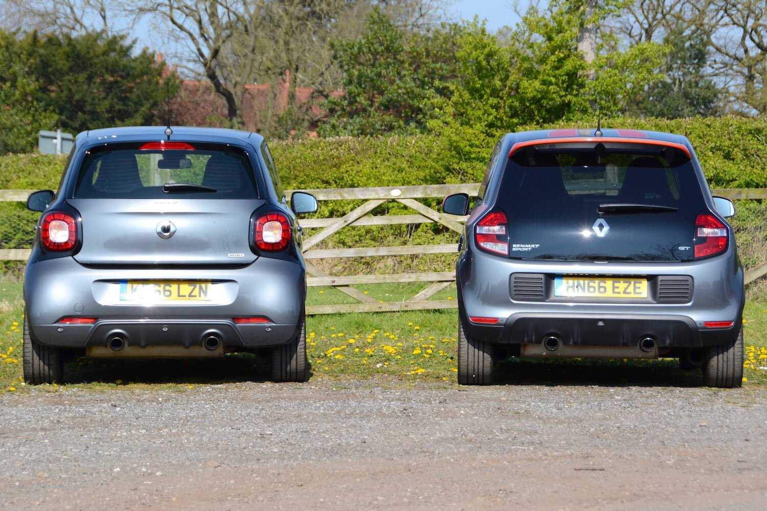 Renault Twingo GT v smart forfour BRABUS Review