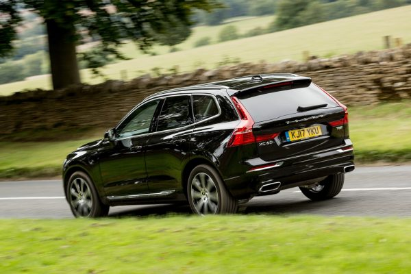 Volvo XC60 R-DESIGN T8 Twin Engine AWD