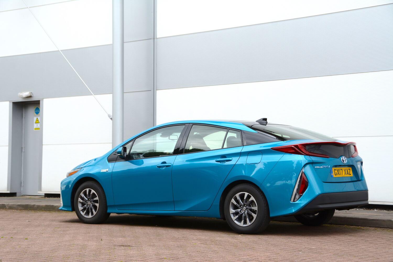 Toyota Prius Plug In ...