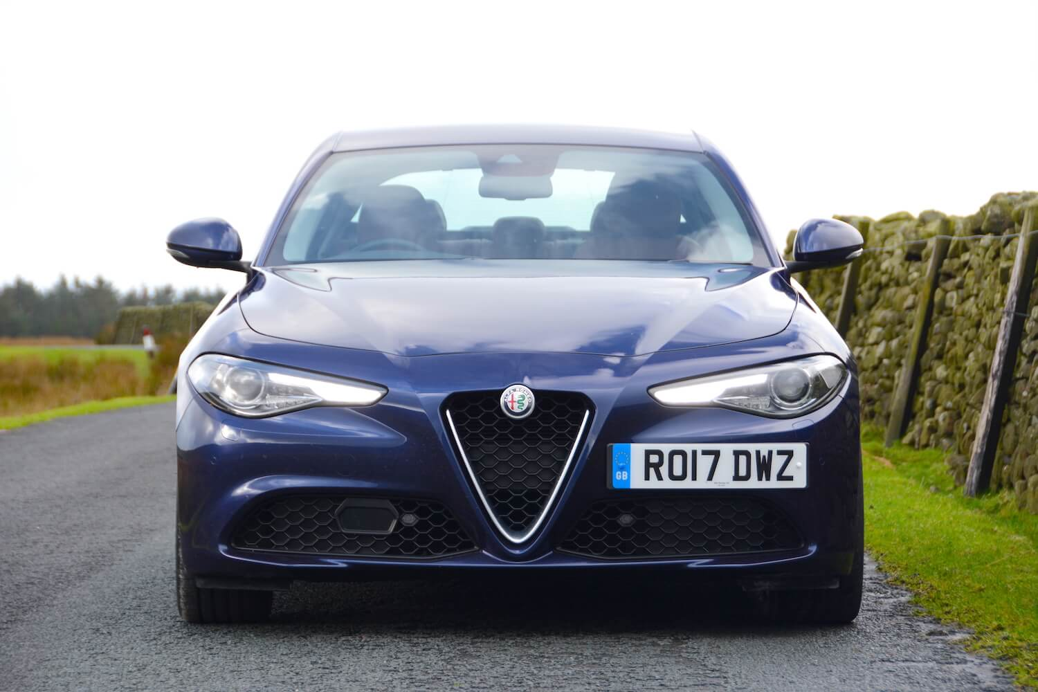 alfa romeo giulia review. Black Bedroom Furniture Sets. Home Design Ideas