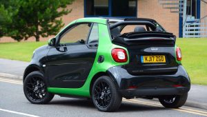 smart fortwo cabriolet electric drive low emission car