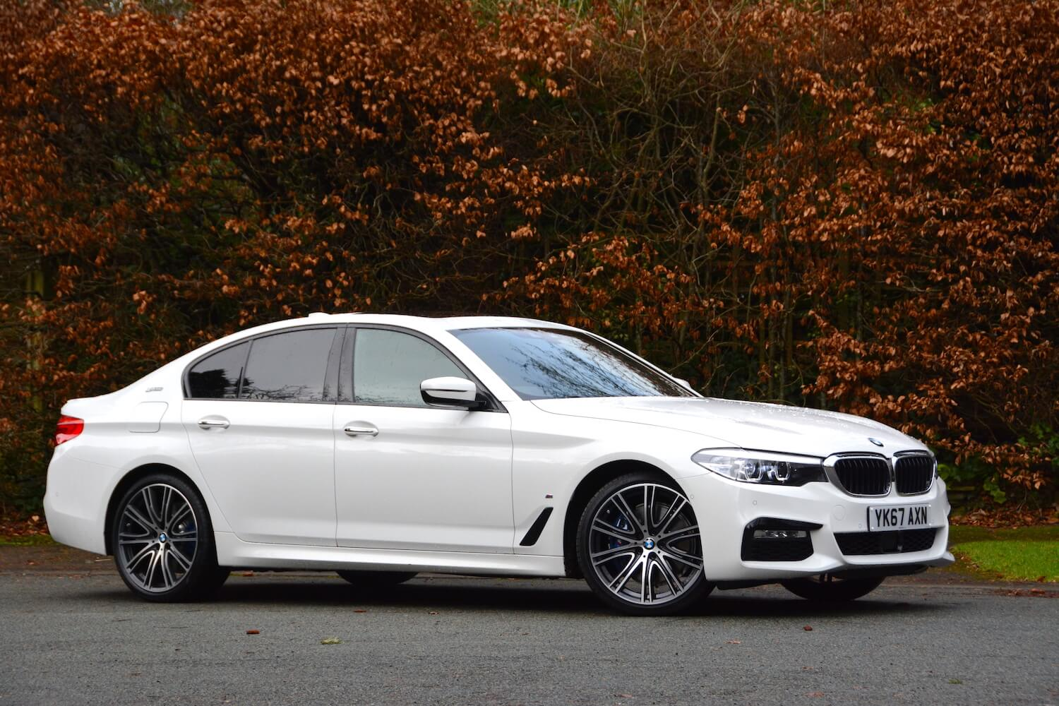 bmw 530e m sport iperformance saloon review. Black Bedroom Furniture Sets. Home Design Ideas