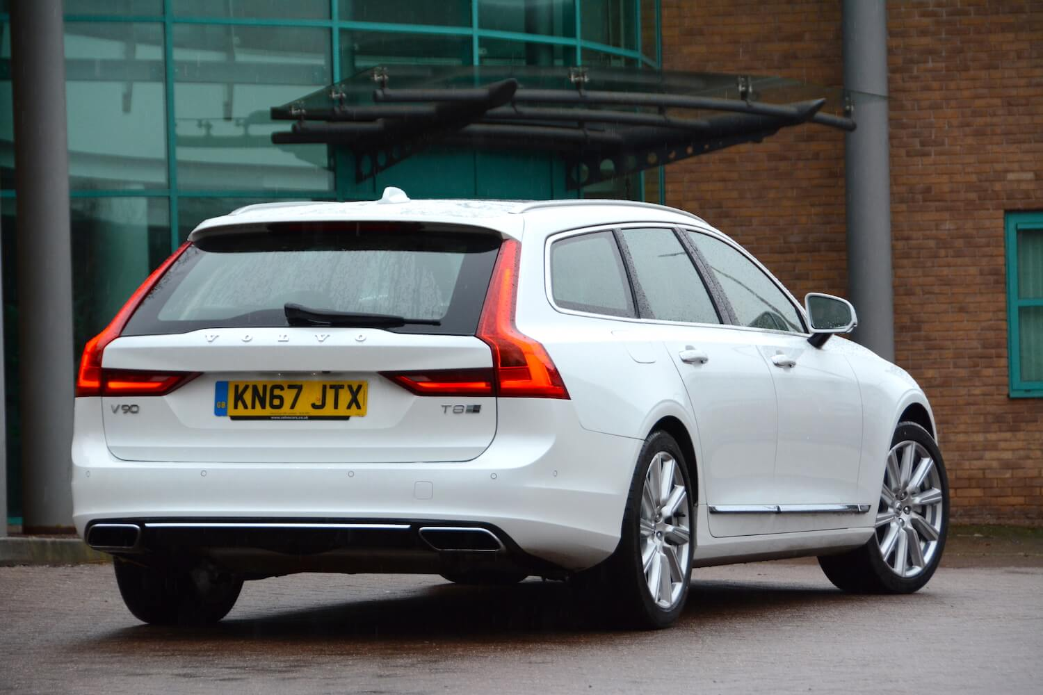 Volvo V90 T8 Twin Engine