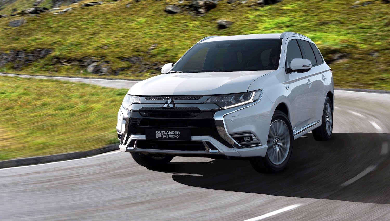 New 2019 Mitsubishi Outlander PHEV - GreenCarGuide co uk