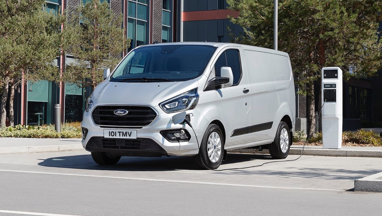 Ford Transit Custom Plug-in Hybrid (PHEV)