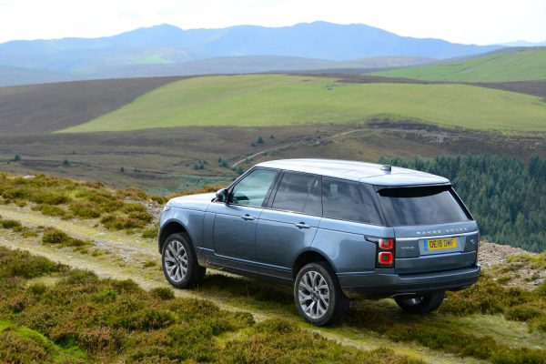 Land Rover Range Rover 2.0 P400e PHEV 404HP Vogue