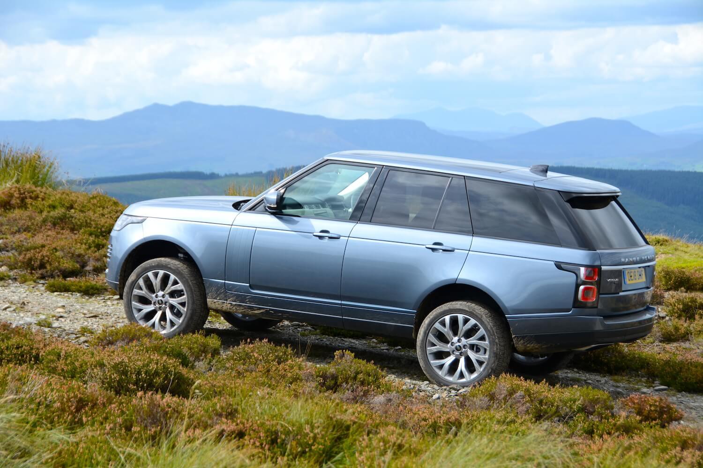 Range Rover Si4 P400e PHEV Review - GreenCarGuide co uk