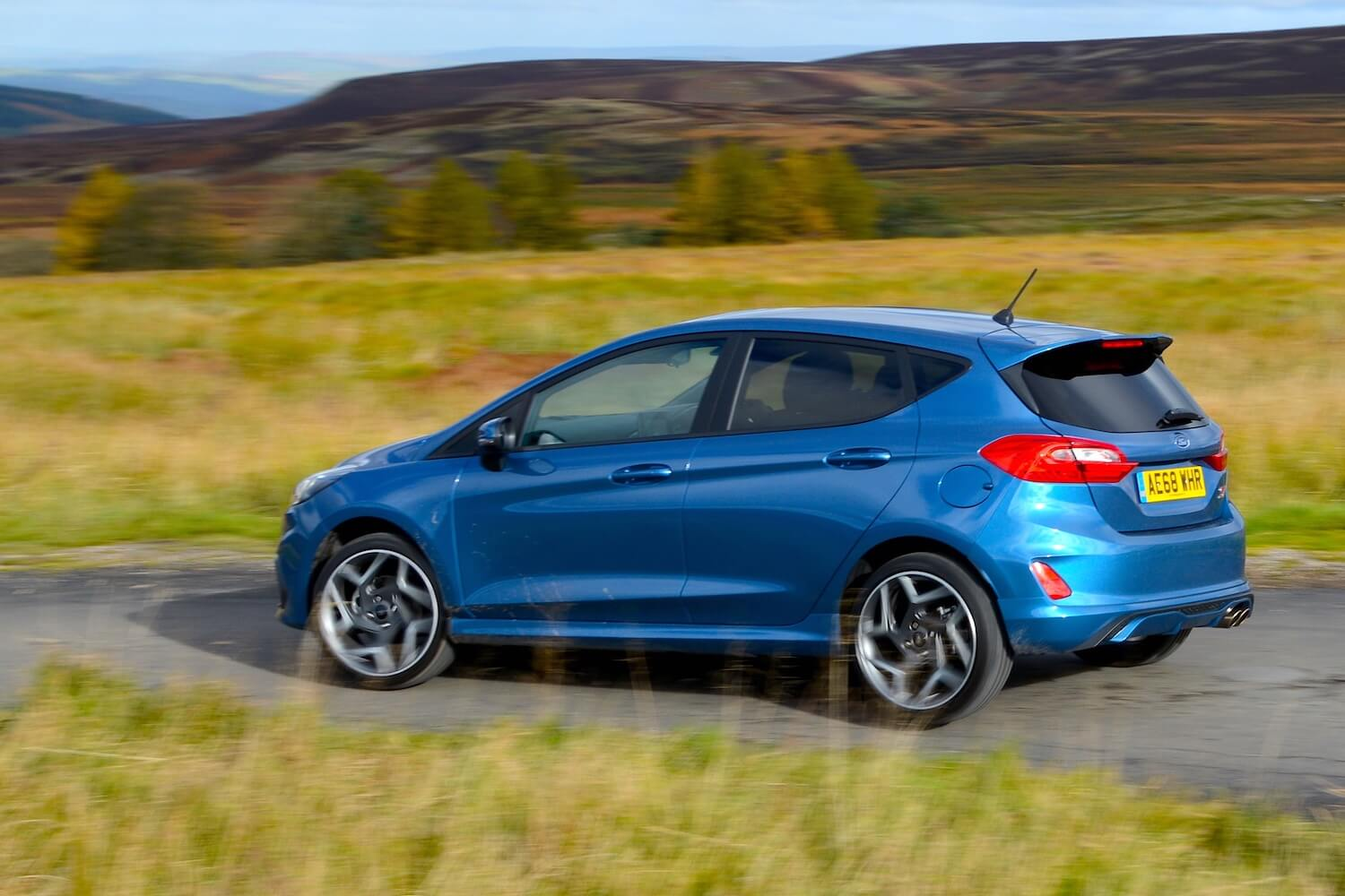 Ford Fiesta St 2 5 Door Review Greencarguide Co Uk