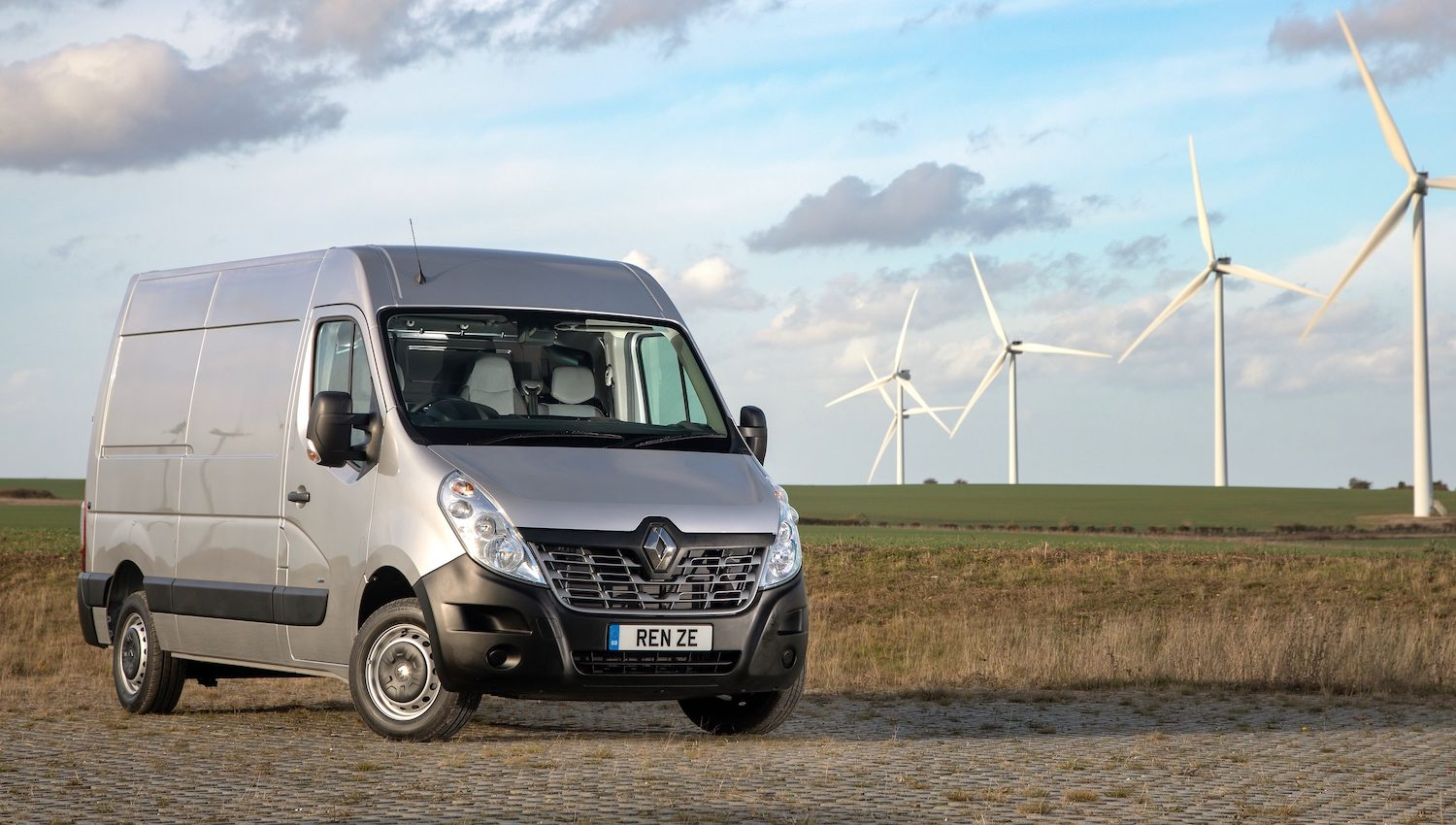 Renault Master ZE van
