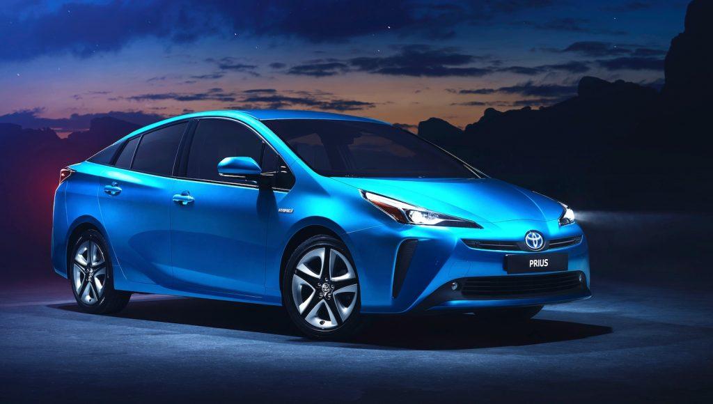 Toyota Prius Hybrid gains All-Wheel Drive