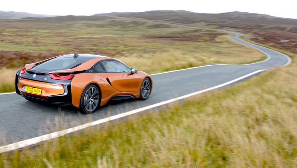 BMW electric sports car i8