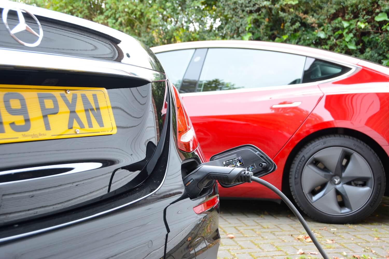 Mercedes-Benz & Tesla Model 3 Charging