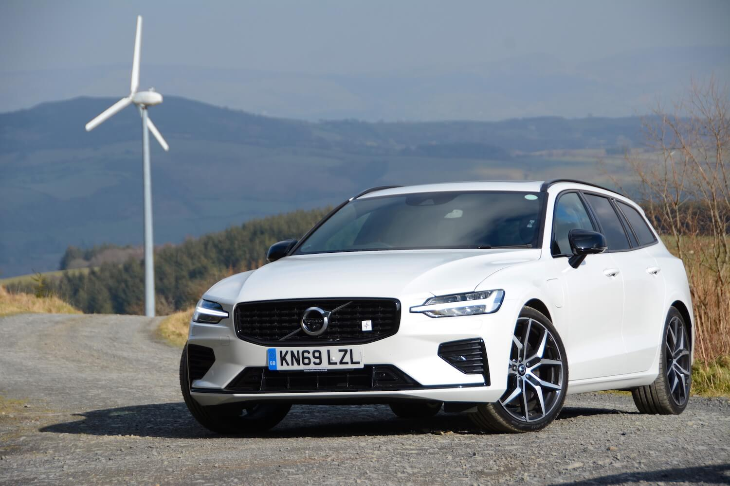 Volvo V60 T8 Twin Engine AWD Polestar Engineered