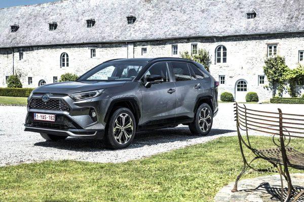 Toyota RAV4 Plug-in 2021