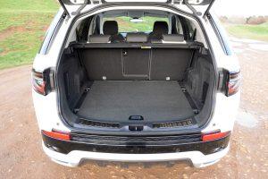 Land Rover Discovery Sport P300e