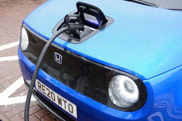 Honda e charging
