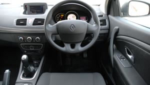 View from the driver's seat of the Renault Megan Coupe 1.5 dCi 86