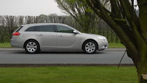 Vauxhall Insignia Sports Tourer Review
