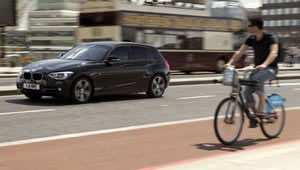 BMW Series 1 and London cyclist