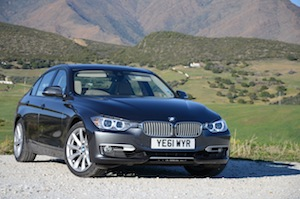 3 Series Saloon feature BMW TwinPower Turbos and EfficientDynamics technologies