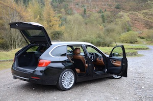 BMW 330d Touring doors