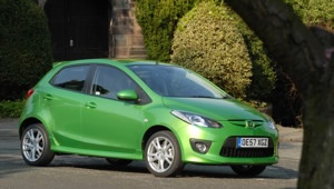 Mazda 2 Review - GreenCarGuide.co.uk