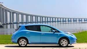 nissan-leaf-side-bridge-f.jpg