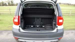 View of the Skoda Yeti Greenline with the rear boot / hatch open