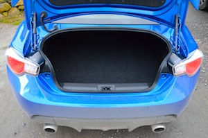 Subaru BRZ luggage space
