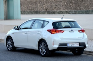 Toyota Auris Economy and Emissions