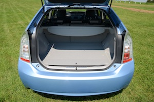Toyota Prius Plug-in luggage space